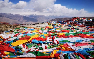 9 Days Lhasa to Everest Base Camp and Namtso Lake Join-in Small Group Tour