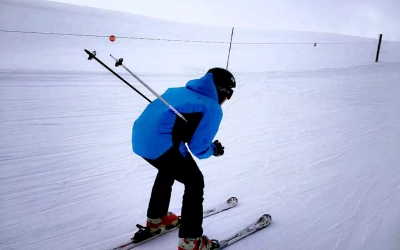 Skiing and Hot Spring 5-Day Tour in Urumqi