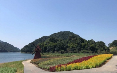 Private Day Trip to Shimen National Park and Conghua Hot Spring from Guangzhou