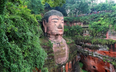Private Day Trip: Chengdu to Leshan and Luocheng by Train